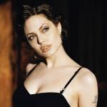 アンジェリーナ・ジョリーの乳房切除とは?